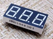 Семисегментный индикатор (3 символа)