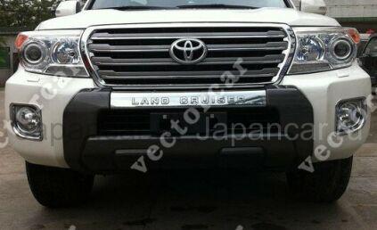 Накладка на бампер на Toyota Land Cruiser во Владивостоке