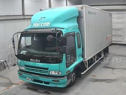 Фургон ISUZU FORWARD 2000 года во Владивостоке