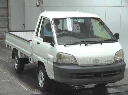 Бортовой Toyota LITE ACE 2001 года во Владивостоке