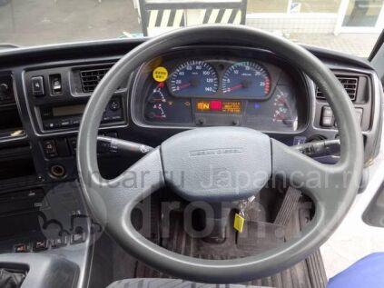 Фургон Nissan DIESEL 2003 года во Владивостоке