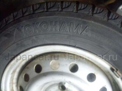 Зимние шины Yokohama 185/65 14 дюймов б/у во Владивостоке