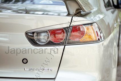 Накладки на фары на Mitsubishi Lancer во Владивостоке