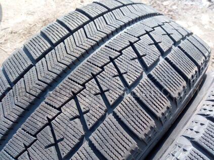 Зимние шины Bridgestone Blizzak vrx 215/50 17 дюймов б/у в Челябинске