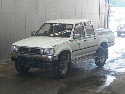 Toyota Hilux 1996 года во Владивостоке