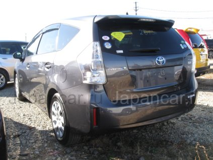 Toyota Prius Hybrid 2013 года в Уссурийске