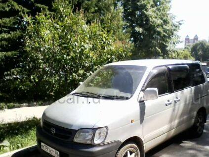 Toyota Liteace Noah 2000 года в Томске