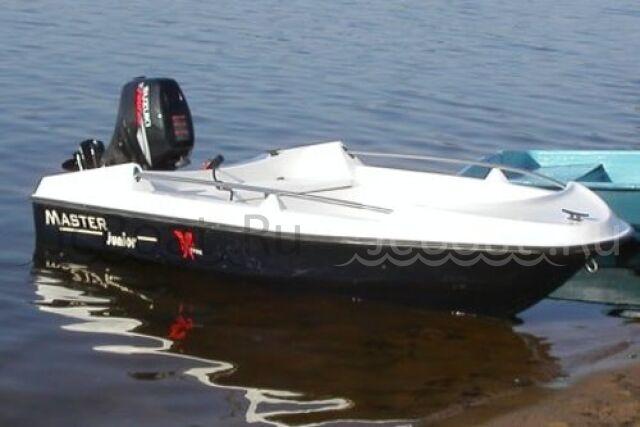 лодка пластиковая MASTER JUNIOR 2015 года