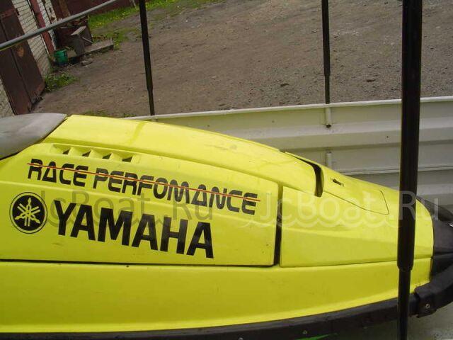 водный мотоцикл YAMAHA 1997 года