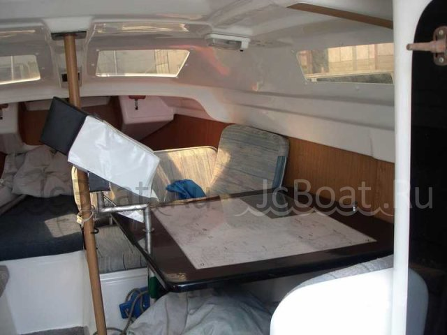 яхта моторная MERCURY MAGREGOR 1998 года