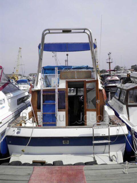 яхта моторная BAYLINER 2562 1988 года