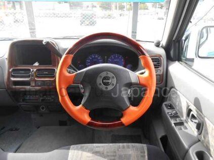 Nissan Datsun 2000 года в Японии