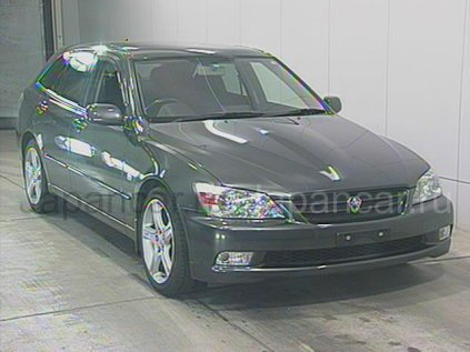 Toyota Altezza Gita 2001 года во Владивостоке