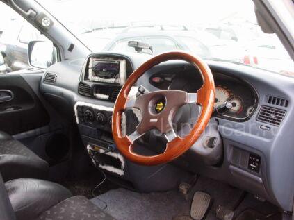 Toyota Noah 2000 года в Уссурийске
