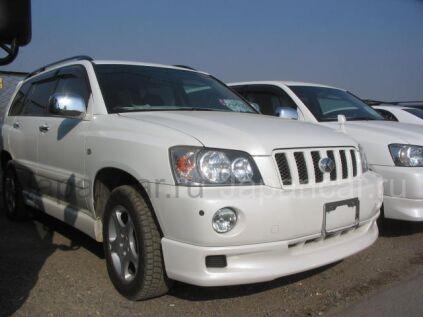 Toyota Kluger V 2001 года в Уссурийске