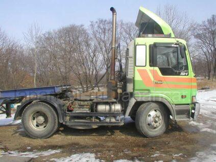 Тягач Hino +ПРИЦЕП 1994 года во Владивостоке
