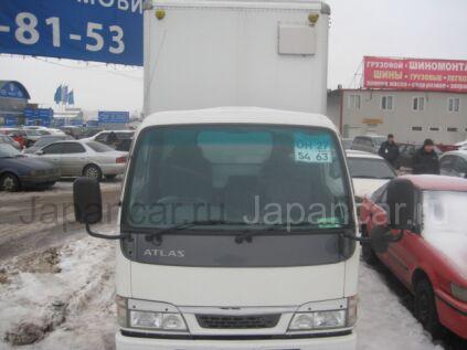 Фургон Nissan ATLAS 2004 года в Москве