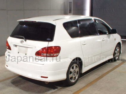 Toyota Ipsum 2003 года в Находке