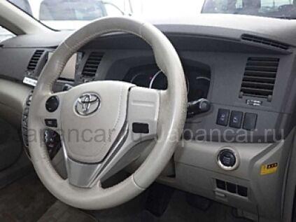 Toyota Isis 2017 года во Владивостоке