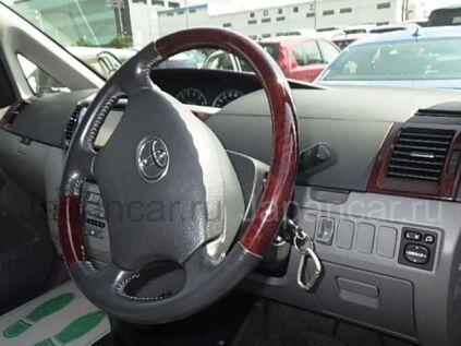 Toyota Noah 2006 года во Владивостоке
