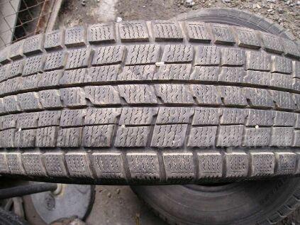 Зимние шины Dunlop 205/70 15 дюймов б/у во Владивостоке