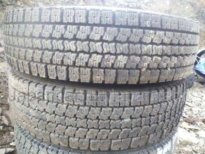 Всесезонные шины Toyo M919 225/90 175 дюймов б/у во Владивостоке