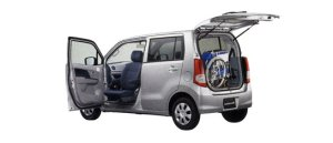 Suzuki Wagon R with rotating & sliding front passenger seat 2009 г.
