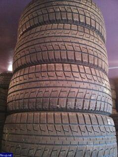 Зимние шины Bridgestone Revo 2 215/65 16 дюймов б/у в Иркутске