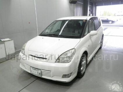Toyota Opa 2004 года в Японии