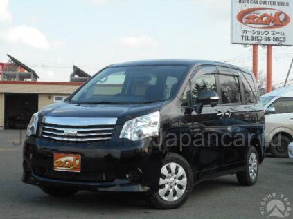 Toyota Noah 2011 года в Японии
