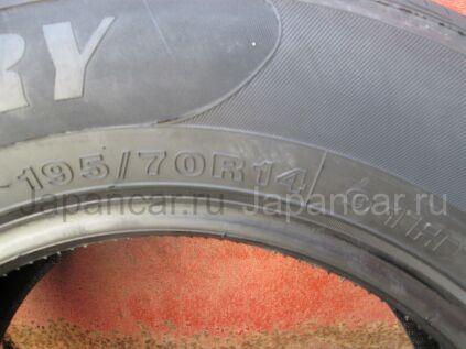 Летниe шины Uniglory Evolution 195/70 14 дюймов новые во Владивостоке