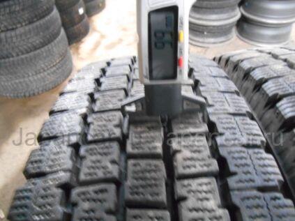 Зимние шины Bridgestone W969 205/85 16 дюймов б/у во Владивостоке