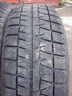 Зимние шины Bridgestone 215/60 17 дюймов б/у в Бийске