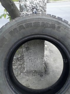Всесезонные шины Marshal 215/70 15 дюймов б/у во Владивостоке