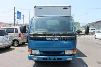 Фургон Nissan Atlas 1996 года во Владивостоке