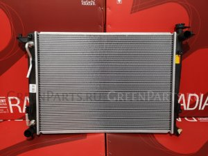 Радиатор двигателя на Hyundai IX35 2.0