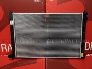 Радиатор двигателя на Mazda Mpv LW