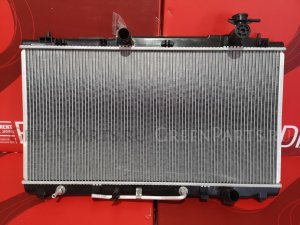 Радиатор двигателя на Toyota Camry V40 2GRFE