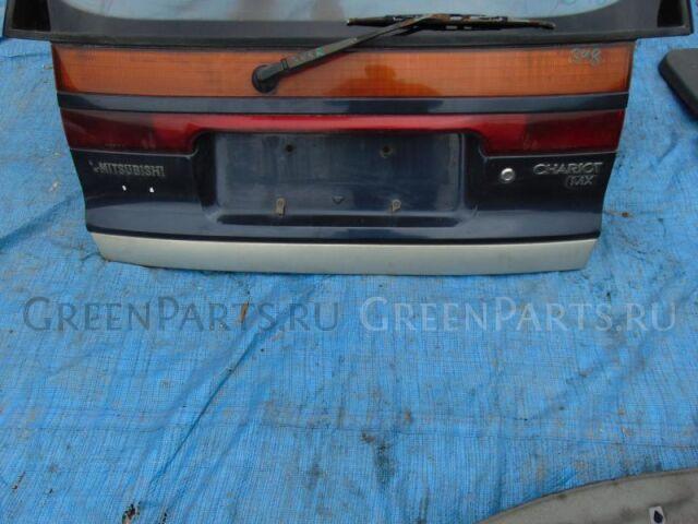 Накладка 5-ой двери на Mitsubishi Chariot N38W 4D68