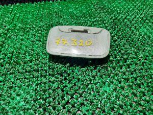 Плафон на Mitsubishi L200 KB4T 4D56, 4D56U, 4M41, 6B31 00000030030