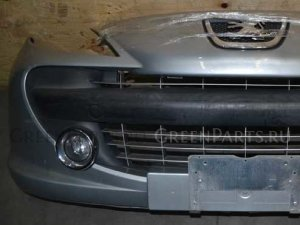 Бампер на Peugeot 207