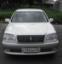 TOYOTA CROWN 2000 года (2000.11)