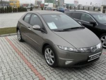 HONDA CIVIC 2004 года