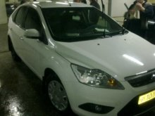 FORD FOCUS 2010 года