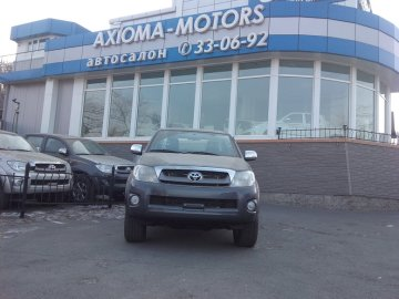 TOYOTA HILUX PICK UP 2011 года
