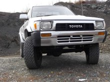 TOYOTA HILUX PICK UP 1992 года