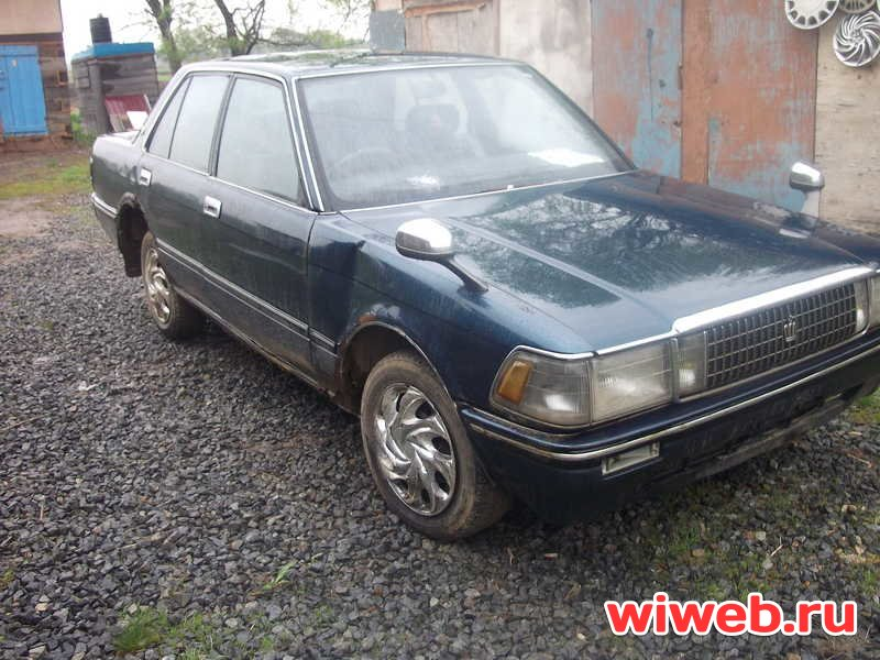 Toyota Crown 1988