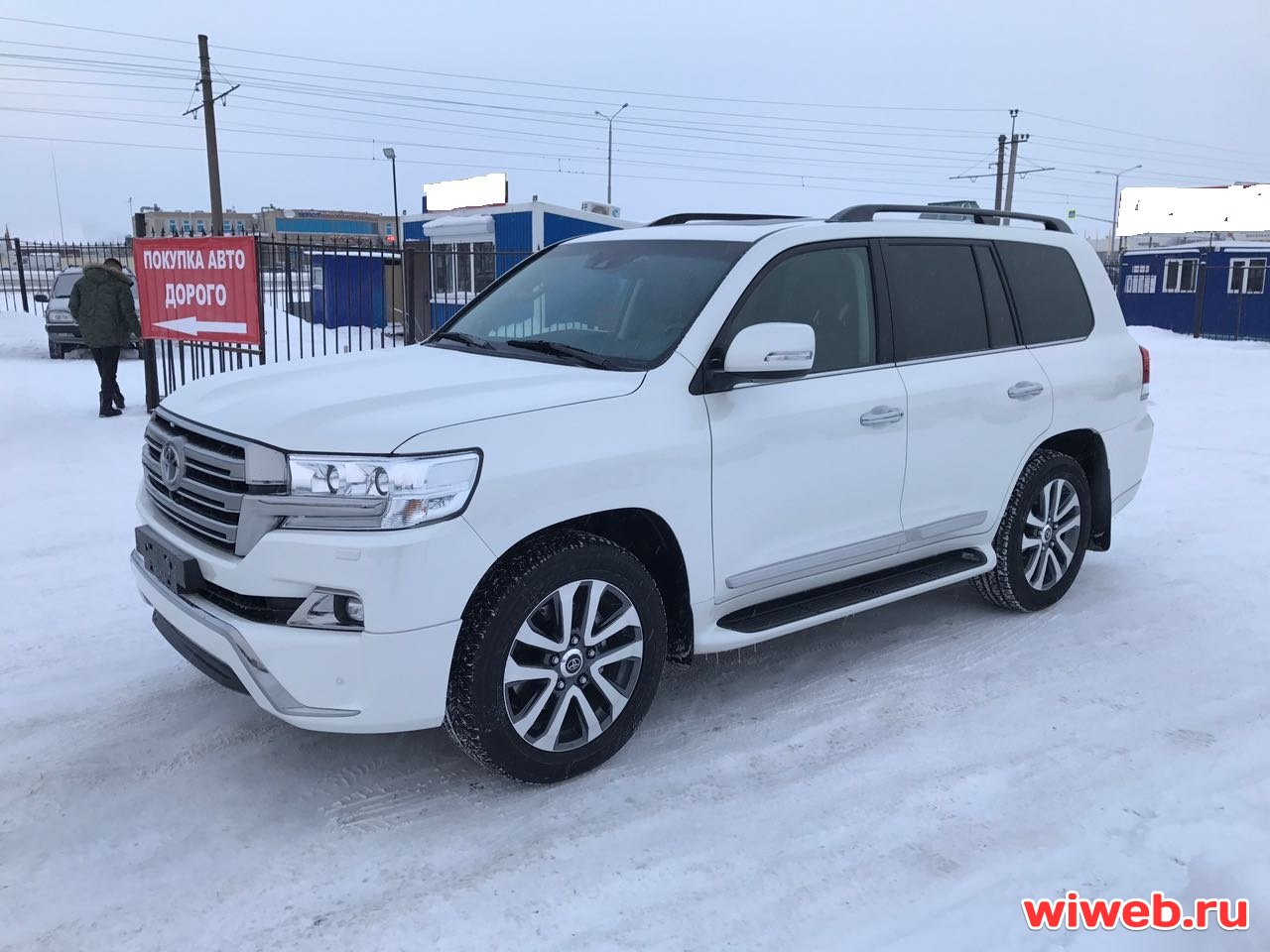 Toyota Land Cruiser 200 2016