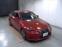 Седан гибрид LEXUS IS300h
