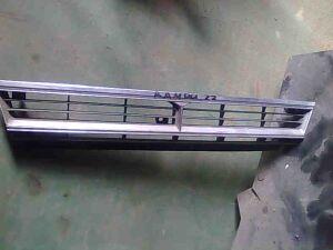 Решетка радиатора на Toyota Camry 22